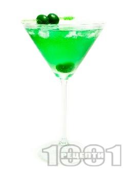Коктейл Зелено Мартини (Green Martini) - снимка на рецептата